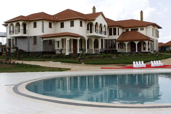 William ruto s house in karen makes state house look like for What makes a mansion